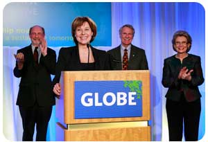 At the GLOBE Conference on Business and the Environment, British Columbia Premier Christy joins leaders from California, Oregon and Washington to highlight the 2012 West Coast Action Plan on Jobs
